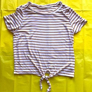 🤖4/$40🤖American Eagle cropped tie-front tees